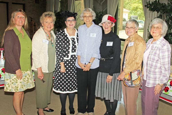 Carol McGarvey, Mary Bugeia, Mindy Delano, Pat Knoop, Sharon Snider, Carmen Gudan, Shirley Painter.