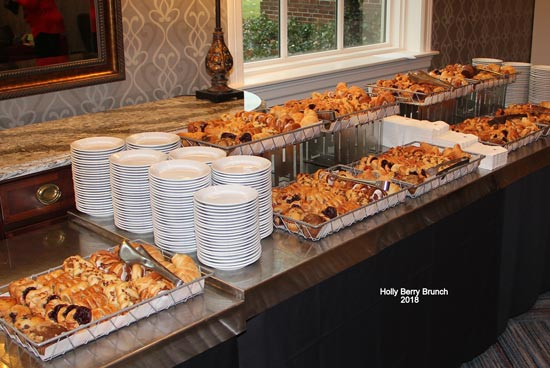 Holly-Berry-Lunch-2018-Pastry-Buffet