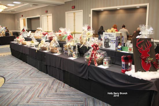 Holly-Berry-Lunch-2018-Raffle-Prizes